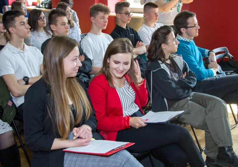 Debata z udziałem ekspertów i decydentów w Starachowicach